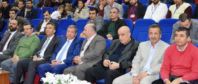 Türkiş 8 Bölge Temsilcisi Edip Gülnar, Petrol İş Şube Başkanı Murat Marangoz, Kristal İş Şube Başkanı Ahmet Ergen kongreye katılarak dayanışmada bulundu.