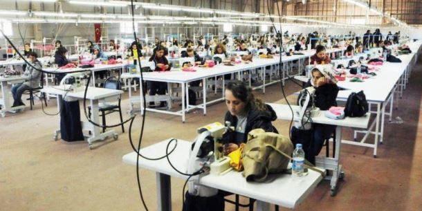 Kadınlar İşsiz ve Güvencesiz Halde