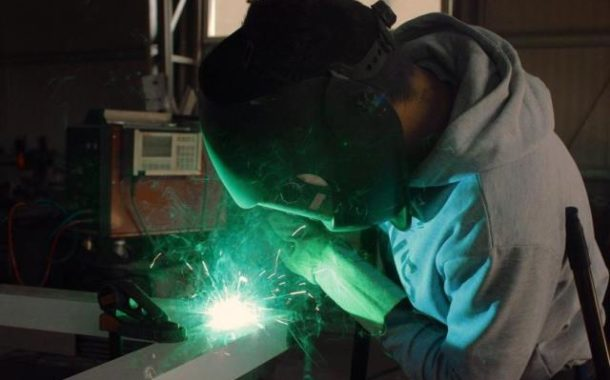İşçi çıkartma yasağı ve işverenin haklı nedenle feshi (Kod 29)