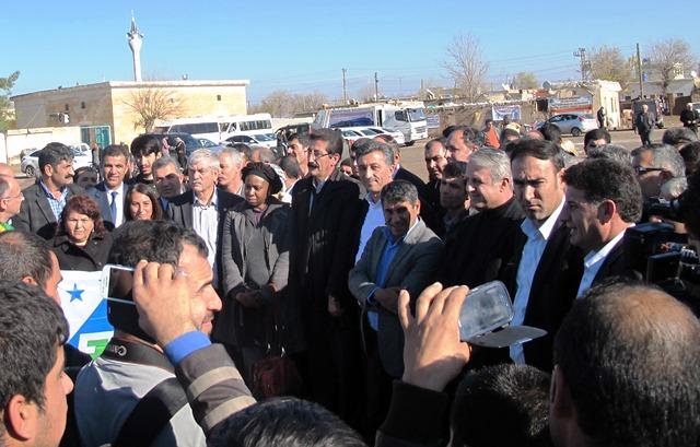 Uluslararası Sendika Heyeti Diyarbakır, Viranşehir ve Suruç'ta Çadır Kentleri Ziyaret Etti