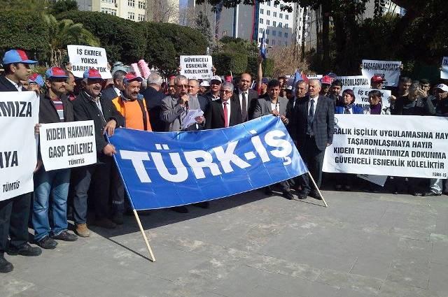 Türk-İş Adana Şubeleri: 'Kiralık İşçilik' Yasasına Hayır!