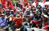 Endonezya'da tartışmalı yasayı protesto